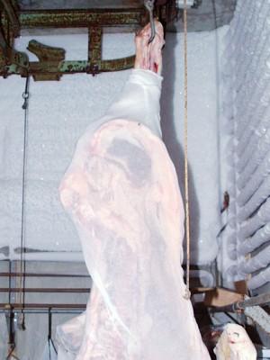 近江牛肉専門店 近江かね安の冷蔵庫